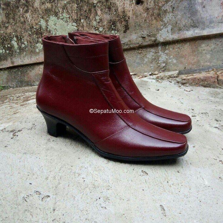 Bismillah... #BootsKulit #HighHeels Amanda #KulitAsli  Rp265rb Pull-up leather  Happyday... PO  Cek bio for order... #SepatuKulitAsli #SepatuCasual #SepatuCewek #CasualCewek #SepatuMagetan #JualSepatu #SepatuMurah #FlatformShoes #SepatuFlat #SepatuCustom #SepatuKantor #SepatuOriginal #Shoes #FlatShoes #WomenShoes #LeatherCraft #LeatherShoes #Footwear #HandMadeShoes #SepatuMooID