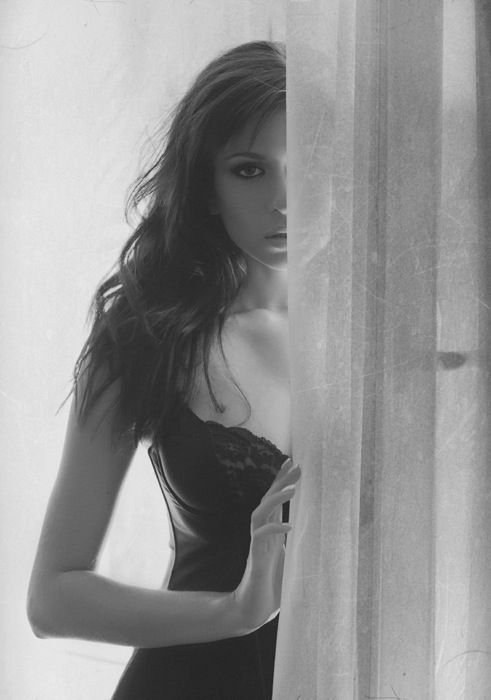 boudoir - love the use of curtains