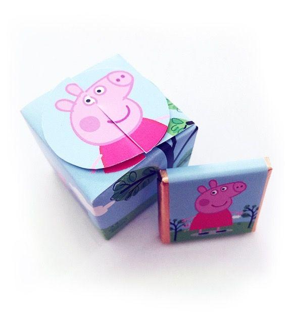 Cajita con 4 minichocos de Peppa personalizables con lo que quieras. Consíguelos en www.beekrafty.com #beekrafty #pasionporcrear