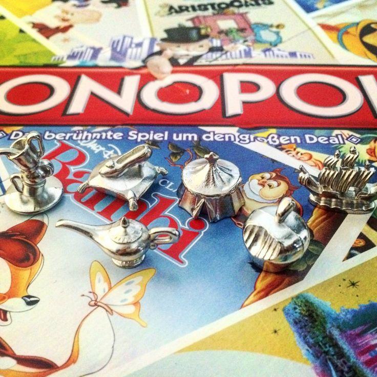 Monopoly Disney Classics - Sechs hochwertige Sammler- und Spielfiguren aus Metall machen Disney Monopoly zu einem Highlight in jeder Spielesammlung.