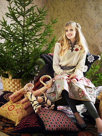 Scandinavian embroidery, love the Christmas stuff and the clothing