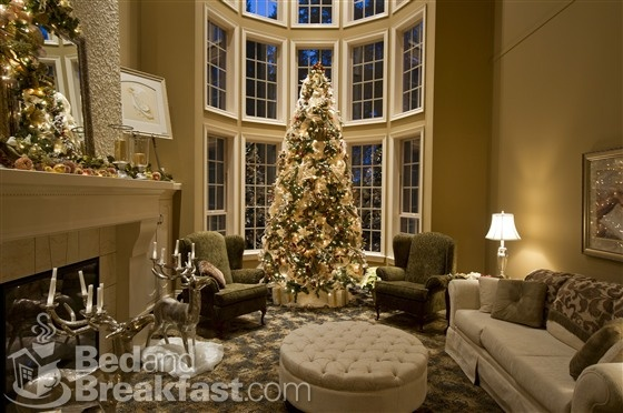 Holiday decorations at Sweet Dreams Luxury Inn in Abbotsford, BC