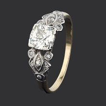 14ct white gold & yellow gold diamond Art Deco diamond ring