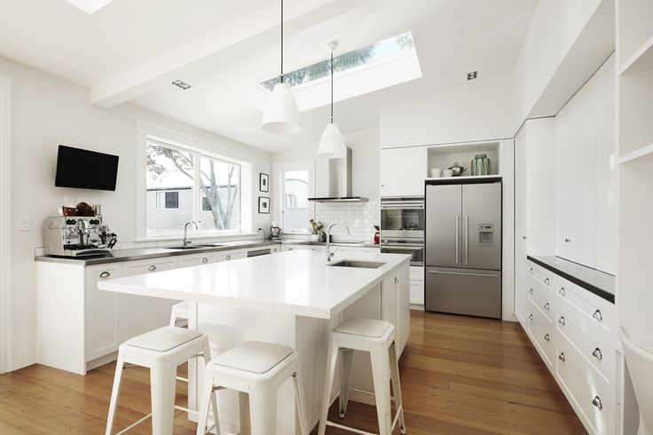 Traditional kitchen in Devonport by Sharp & Page