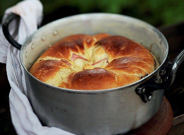 Bolo de Trás-os-Montes - pão com recheio