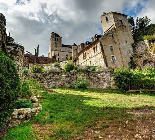 St. Cirq Lapopie - This gorgeous hilltop village is dominated by a Medieval castle and lovely narrow streets.