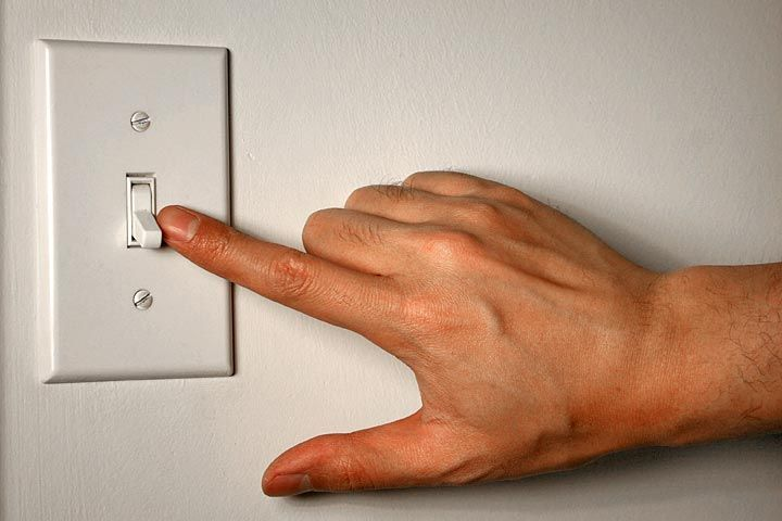 If rising electricity costs eat up a large portion of your income, you should know and implement these electricity saving tips to cut down your monthly electricity bills.