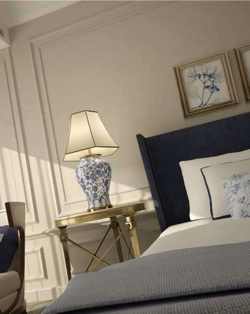 Such an elegant room. Golds, blues and whites. Could see a bit of green somewhere here to. Just such a lovely room. KMW