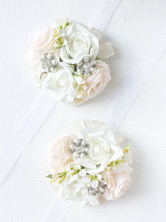 White & Blush Rose Corsage, Wedding Corsage, Wrist Corsage, Prom Corsage, Bridal Shower Corsage, Mom to be Corsage, Corsage Wristlet  WC2-CL