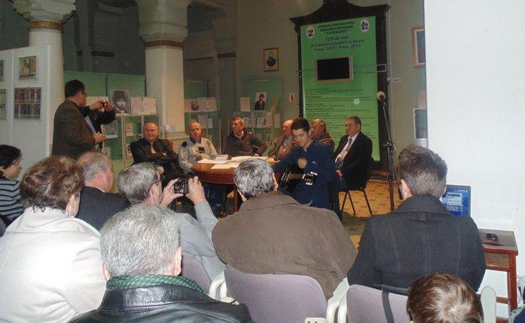 """Cultura, la Buzău / """"Scriitorii consacraţi"""", cărți şi """"almanahe""""pe bani publici"""