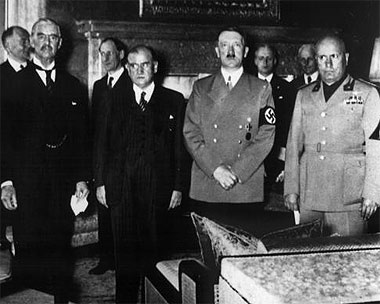 Neville Chamberlain,Edouard Daladier, Adolf Hitler and Mussolini during their meeting for the Munich Agreement. 1938 (© Image © AP/Press Association Images)
