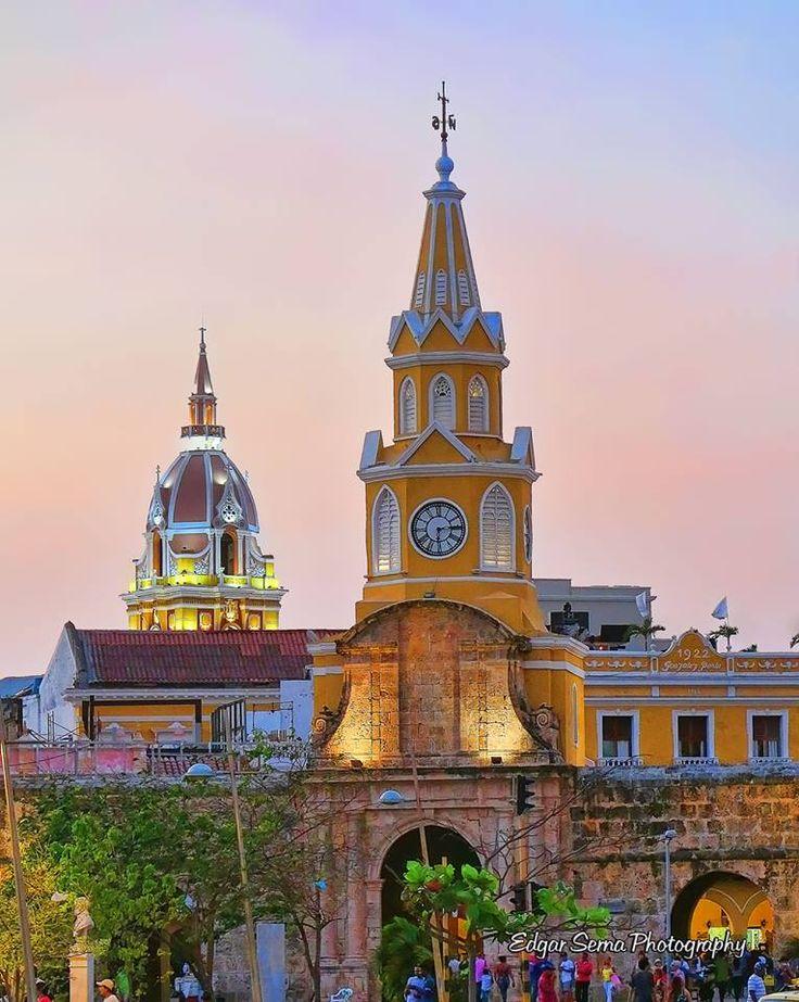 Torre Reloj,Cúpula San Pedro. Cartagena, Bolívar, COLOMBIA