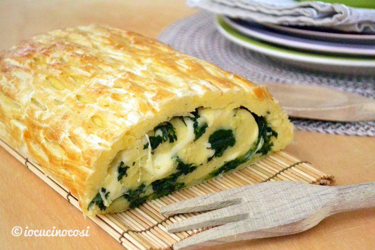 Il rotolo di patate è un secondo gustoso e versatile, farcito con spinaci, speck e provola fresca, il tutto racchiuso in una croccante sfoglia.