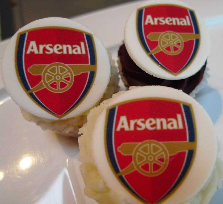 Birthday cupcakes- Arsenal theme Available to order from www.miriamsmunchies.co.uk #Birthdaycakes #cupcakes #Arsenal