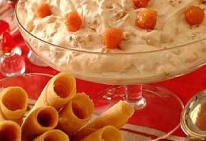 Multekrem made with cloudberries. Yummmm...