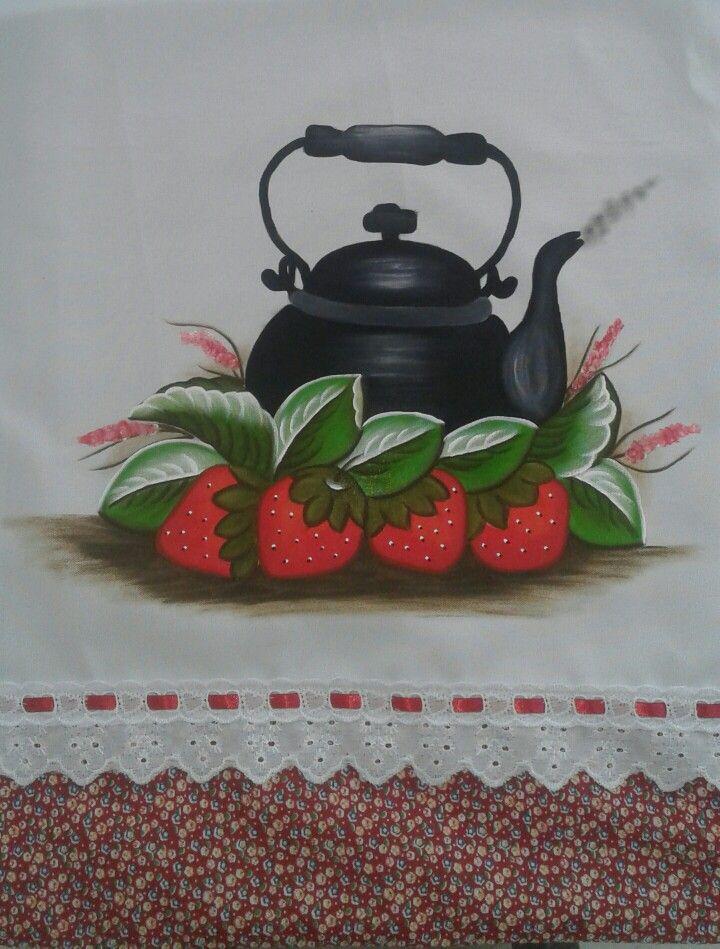 Pano de prato pintado a mão. Tecido oxford com detalhe em tecido vermelho, aplicação de bordado inglês e passa-fita.