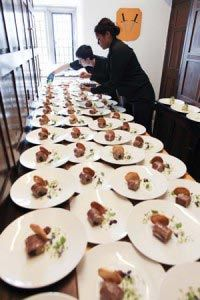 Wedding food ideas on a budget - top tips for cheap catering options