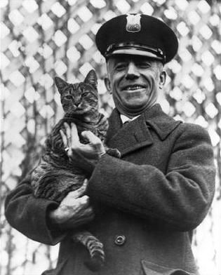 Calvin Coolidge with Tige, the White House cat