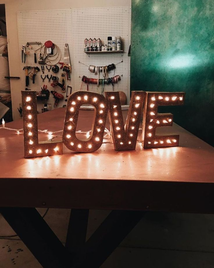DIY Marquee Sign // Love Sign
