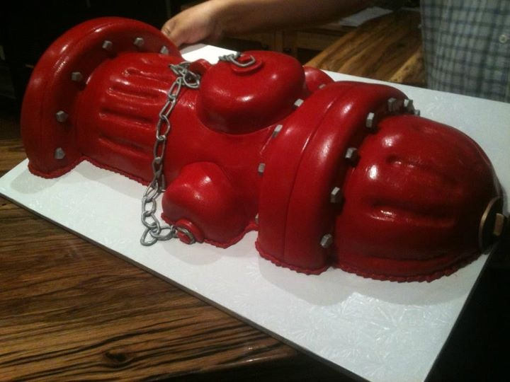 Firefighter groom's hydrant cake | Shared by LION