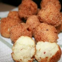 "Vicki's Hush Puppies | ""These were great. I am from the South and the hush puppies were just as I like them! Not greasy at all and a little sweet."""