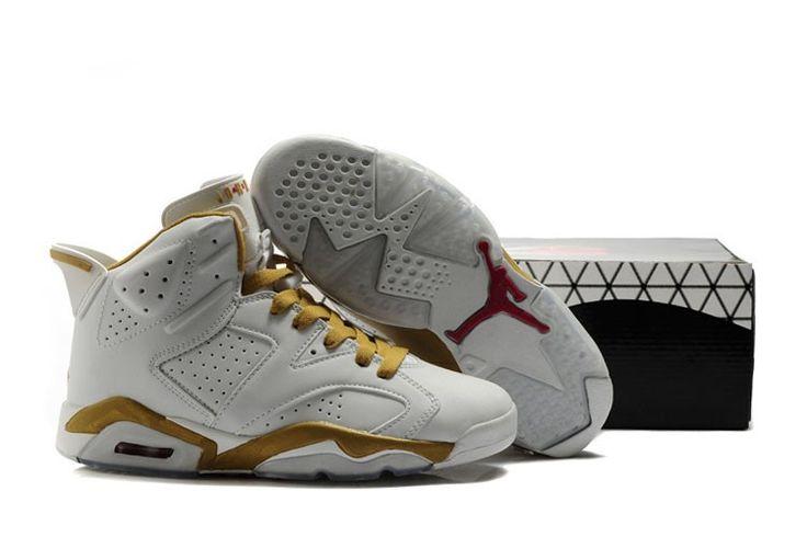 Herre Sko Nike Air Jordan 6 Guld Hvid http://www.dksko.com/nike-sko/nike-air-jordan/nike-air-jordan-6/herre-sko-nike-air-jordan-6-guld-hvid.html