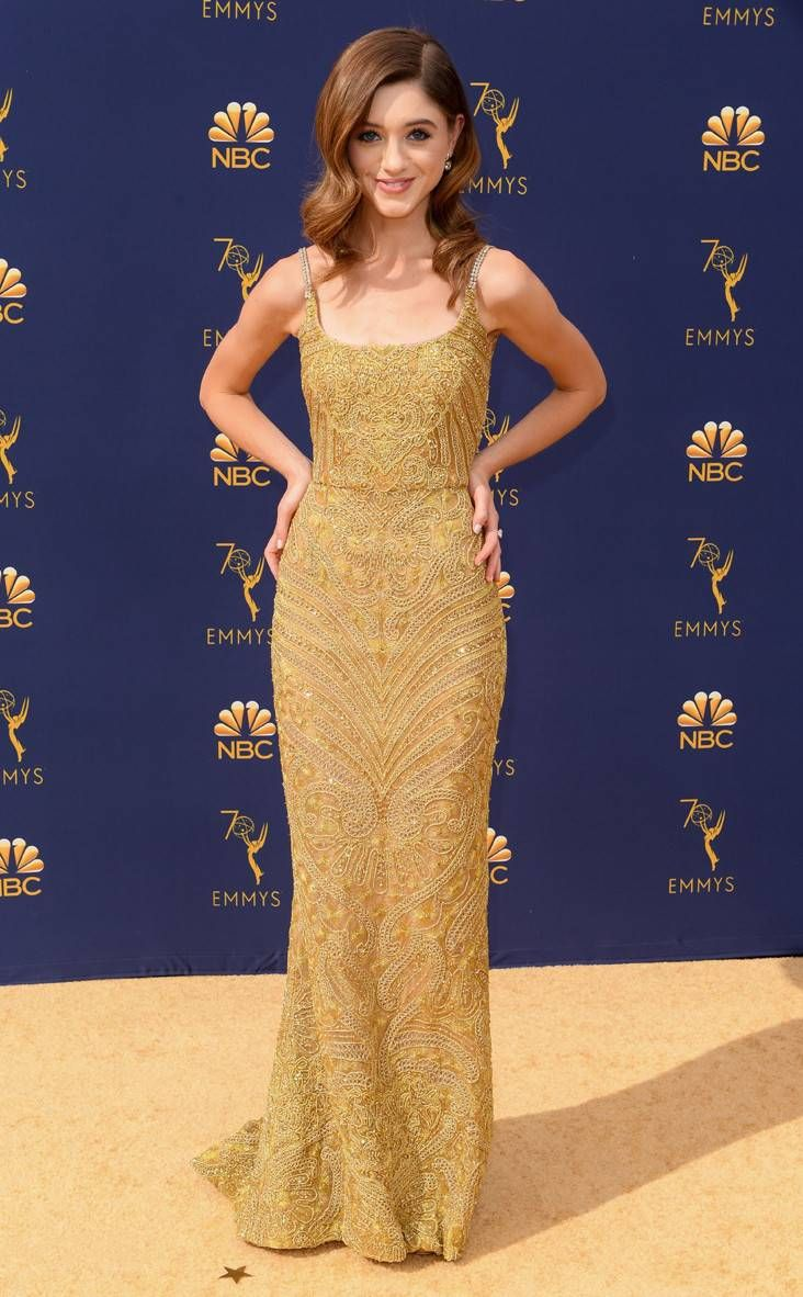 Natalia Dyer from 2018 Emmy's Red Carpet Fashion | E! news