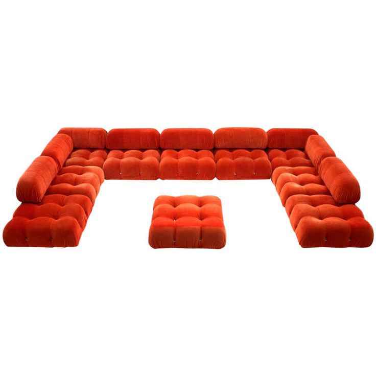 1stdibs.com | Very Large Camaleonda Sofa Group by Mario Bellini. Very Large Sofa Group Camaleonda by Mario Bellini and made by B&B Italia, ca.1970's 10 Seating Elements and 10 Backrests.