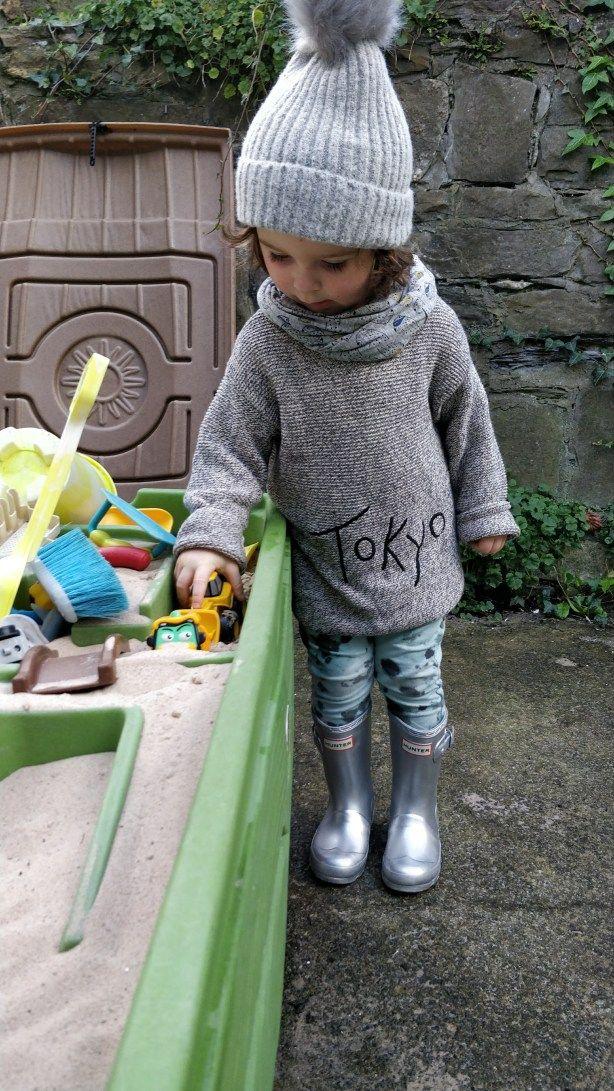 Silver Hunter Wellies. Kids style.  #hunterwellies #toddlerstyle #outfitoftheday #winter #kidsfashion #kids #zarakids