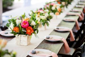 Settle in SMPers, because you are about to experience an explosion of prettiness. This fabulous fêteplanned byPearl Events is a wonderful combination ofstylish and chic, and it's layered with stunningflorals fromPosey Events - meaning, we've entered a whole new level of