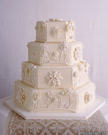 White on white cake design