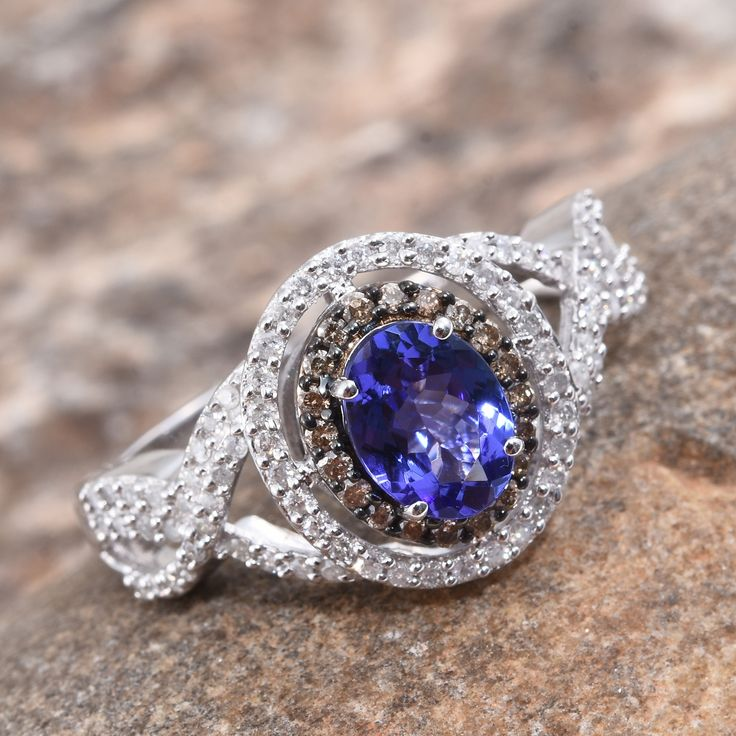 Champagne Tanzanite Tanzanite: Best 25+ Champagne Diamond Rings Ideas On Pinterest