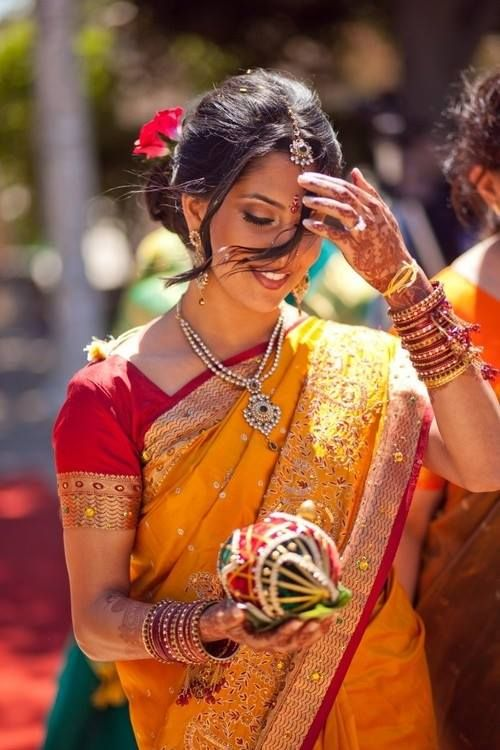 Wish I have an Indian wife like her!  Elegant..India