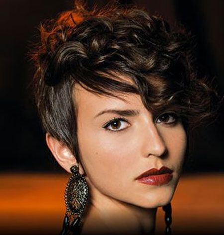 Lazy Curly Mohawk Hairstyle for Girls