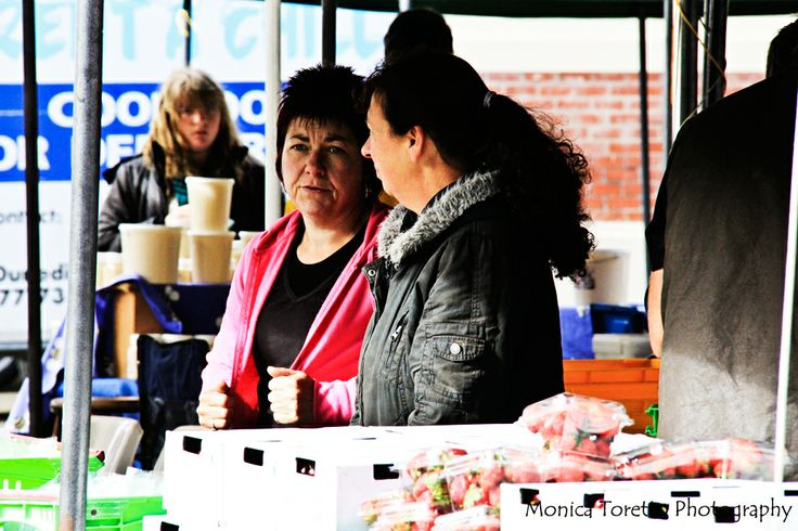 Southern Farmers Market at Southland Boys High School in Invercargill.  December 2013.