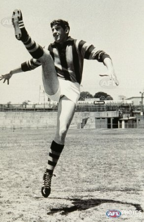 Legend - Peter Hudson (New Norfolk, Hawthorn, Glenorchy). Games – 288 NN 78, Haw 129. Glen 81. A freakish full-forward who just kept accumulating goals. Made brilliant use of the body, was deadly accurate and had an amazing ability to read the play. Holds the best goals per game average (5.59) in VFL/AFL history and in 1971 matched Bob Pratt's record for most goals in a season with 150.