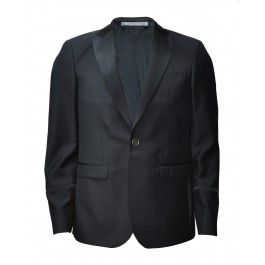 HITCHCOCK JACKET. A blazer is a must have all year. Use as a coat for the late night summer parties.