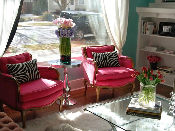 antique chairs with a splash of colorDecor, Ideas, Pink Zebras, Colors, Livingroom, Living Room, Pink Chairs, Hot Pink, Zebras Prints