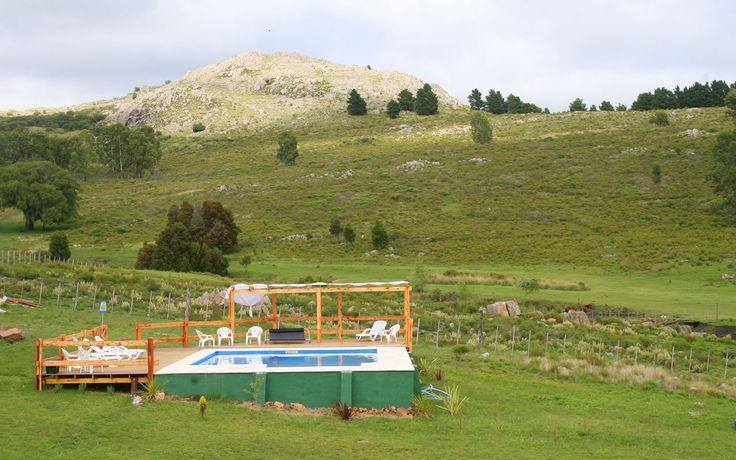 Cabañas Valle de los Ciervos. Sierra del Tigre, Tandil, Argentina - Piscina