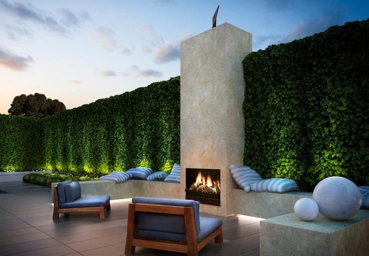 love this fire place en plein air