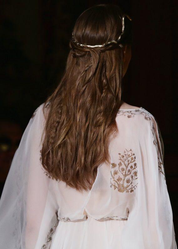 Paris Moda Haftası: Podyumlardan saçlarına!