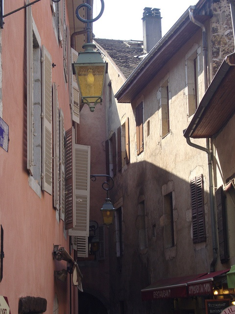 Annecy by t-cat1, via Flickr