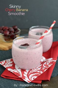Skinny Cherry Banana Smoothie - so full of flavor and protein