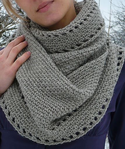 "Crochet: free pattern for ""calm cowl"" - an especially lovely crochet shawl/cowl !"