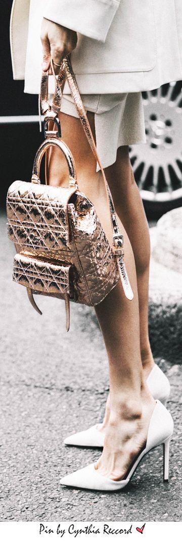 Street Style Inspiration Simply White | PFW | cynthia reccord