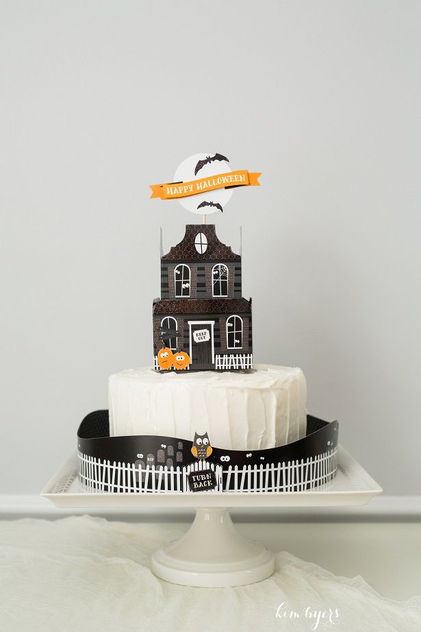 3-D Haunted House Cake | Kim Byers