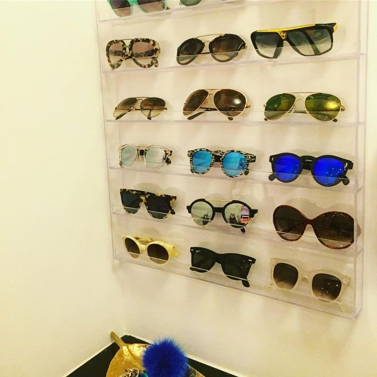 Nail polish wall organizer as a sunglass display? Love it! Credit: @somethingnavy Execution: my tidy gal, @louturk