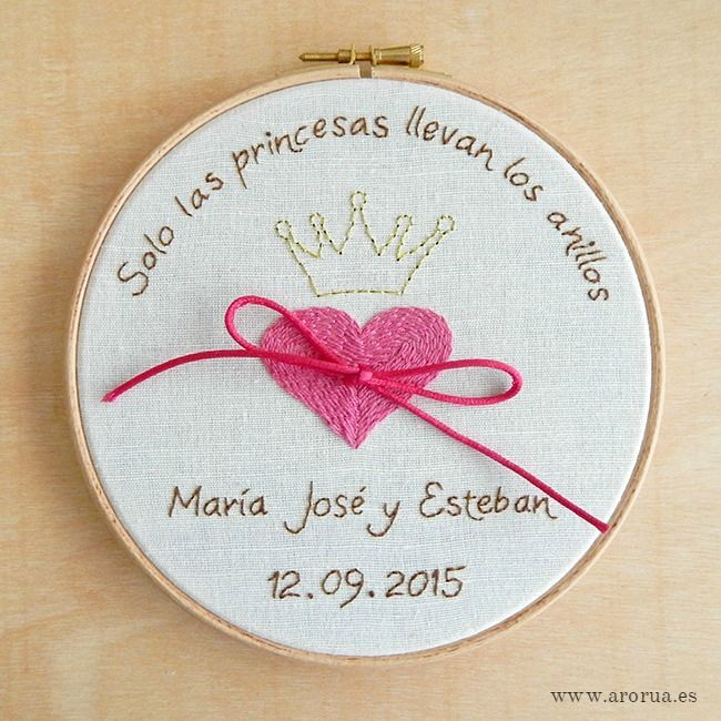 Porta Alianzas Bastidor Princesas (Opcional Caja Arras a Juego)