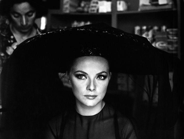 Una foto di Virna Lisi negli anni Sessanta.