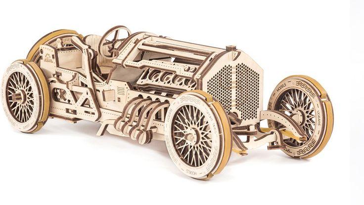 Волнение скорости, рев двигателей, колесные диски и блестящие рамки вспыхивают перед глазами дико возбужденной...https://dreamstoy.ru/sportkar-u-9-gran-pri-ugears/
